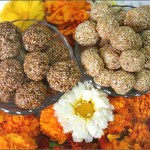 Wishing you all happy makar sakranti – feeling happy with til ke laddoo and patang